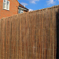 Our high quality and sturdy Willow Screening can be used to create instant privacy and has a long life.